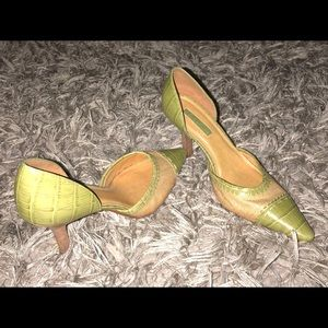 Unisa Heels 8.5 Green  Leather Pointed Toe Pumps.